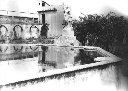 Vista de l'estany del jardí. 1950.
