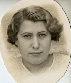 Anna Solà Sardans. Arxiu familiar