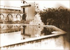 Vista del estanque del jardín. 1950. Archivo Histórico de Les Corts (AHLC).